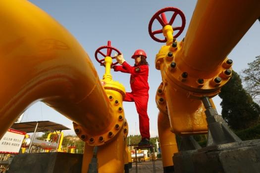 Китай прекратил закупать иранскую нефть из-за санкций США